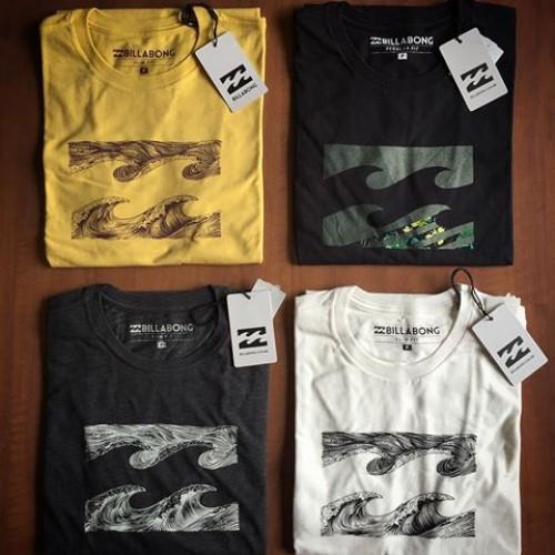 9c961c95556bc Camisetas Surf Especiais 20 Peças Atacado + 1 Bermuda Jeans de Brinde